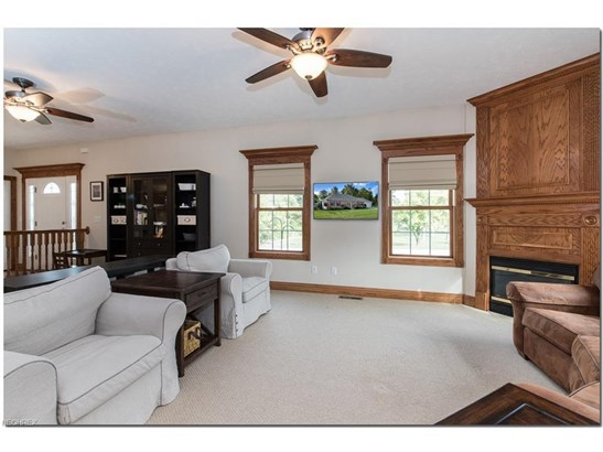 7244 Rosedale Dr, Concord, OH - USA (photo 5)