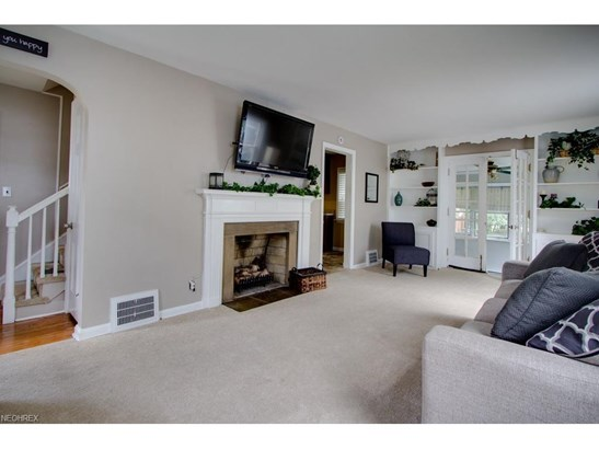 86 Eldred Ave, Bedford, OH - USA (photo 2)