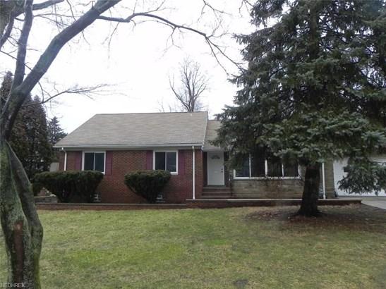 9350 Oakdale Rd, Parma, OH - USA (photo 1)