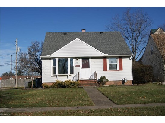 15640 Glenridge Ave, Middleburg Heights, OH - USA (photo 1)