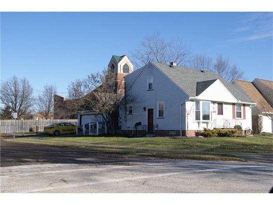 15640 Glenridge Ave, Middleburg Heights, OH - USA (photo 2)