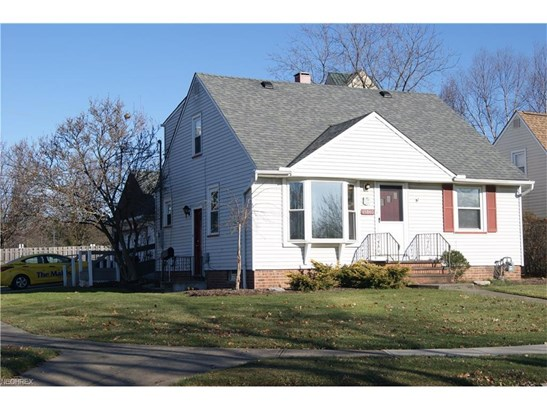 15640 Glenridge Ave, Middleburg Heights, OH - USA (photo 3)