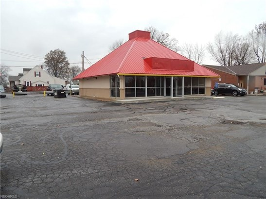 15200 Hummel Rd, Brook Park, OH - USA (photo 3)
