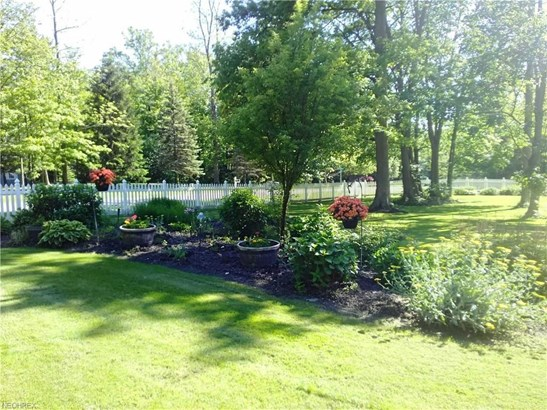 10936 Bridle Trl, Chardon, OH - USA (photo 2)