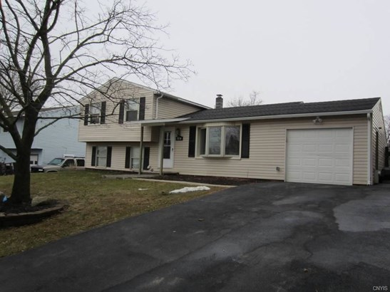 5530 Taormina Drive, Clay, NY - USA (photo 3)