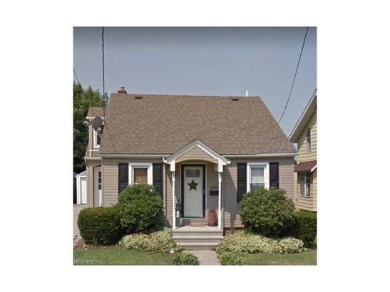 646 Orchard Ave, Barberton, OH - USA (photo 1)