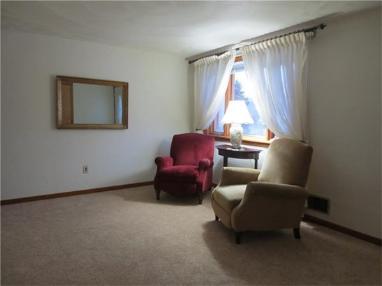 612 Lois Dr., Baldwin, PA - USA (photo 4)