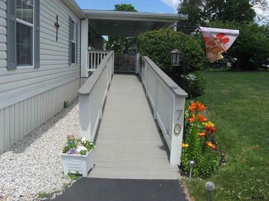 70 Blue Heron Drive, Hanover, PA - USA (photo 4)