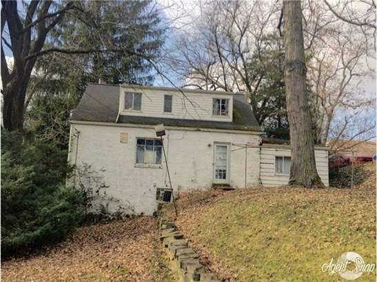 247 Caryl Dr, Pleasant Hills, PA - USA (photo 2)