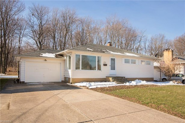13495 Kathleen Dr, Brook Park, OH - USA (photo 3)