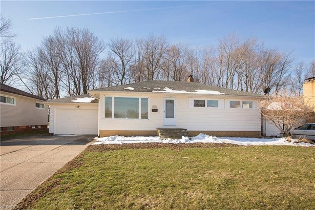 13495 Kathleen Dr, Brook Park, OH - USA (photo 4)