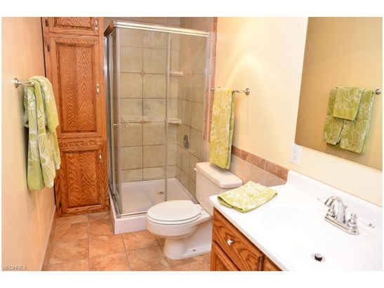 2565 Armstrong Dr, Wooster, OH - USA (photo 4)
