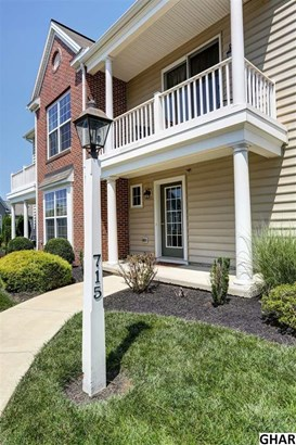 715 Stag Court, Hummelstown, PA - USA (photo 2)