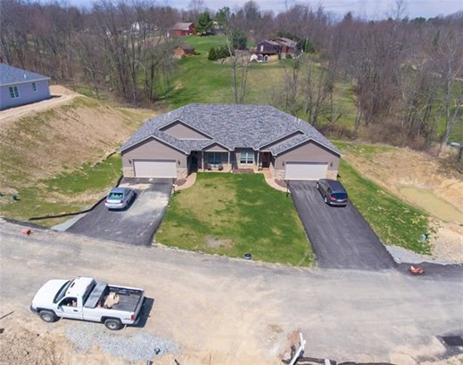 413 Wineberry Ridge Court, Irwin, PA - USA (photo 1)