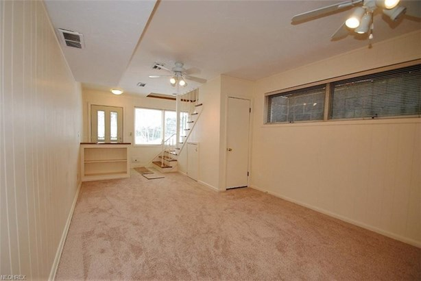 3715 Meadowbrook Blvd, University Heights, OH - USA (photo 3)