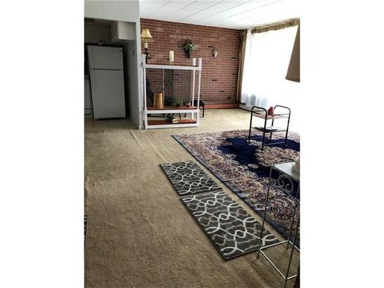 446 Hoodridge #107, Castle Shannon, PA - USA (photo 2)