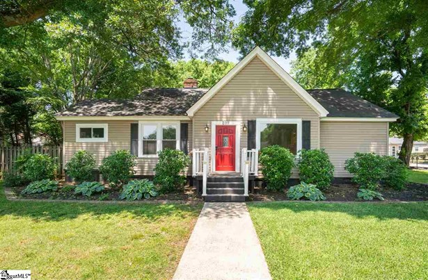 Single Family-Detached, Ranch - Greenville, SC