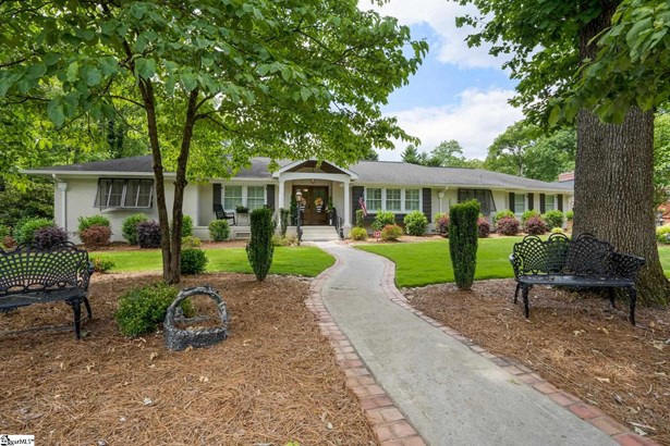 Single Family-Detached, Ranch,Traditional - Greenville, SC
