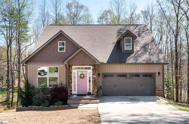 Single Family-Detached, Craftsman,Traditional - Greer, SC