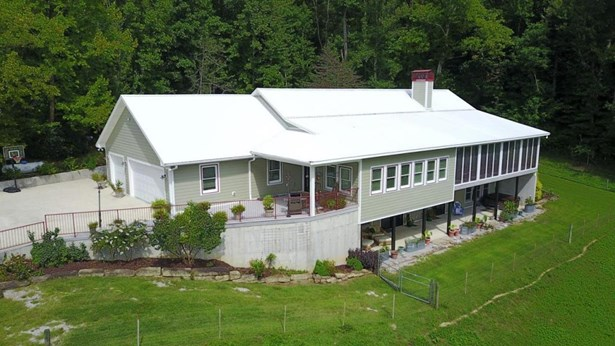 34 Bond Hill Road, Barbourville, KY - USA (photo 1)