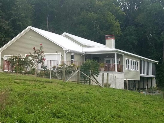 34 Bond Hill Road, Barbourville, KY - USA (photo 2)