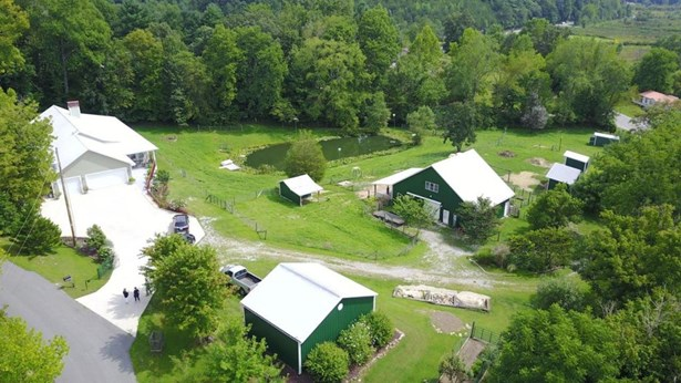34 Bond Hill Road, Barbourville, KY - USA (photo 3)