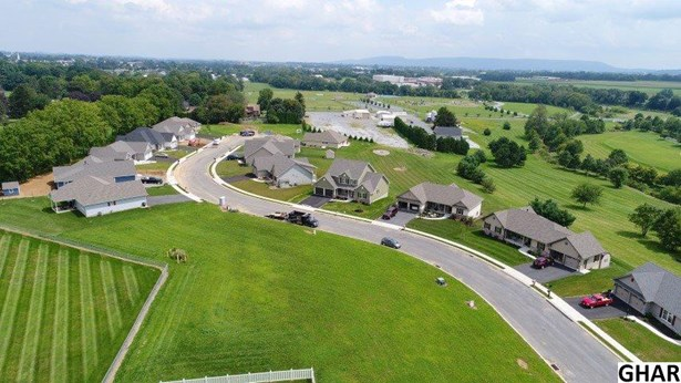414 Park View Drive, Myerstown, PA - USA (photo 2)