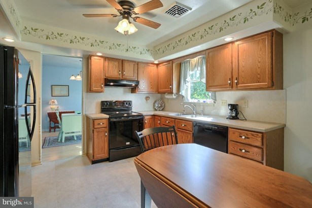 102 Foxbury, Elizabethtown, PA - USA (photo 4)