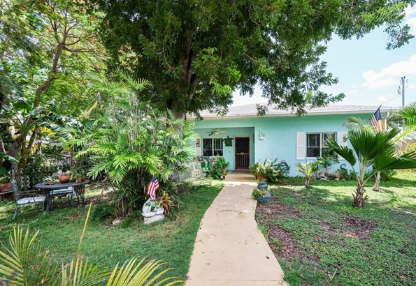 Residential - Single Family - Key Largo, FL