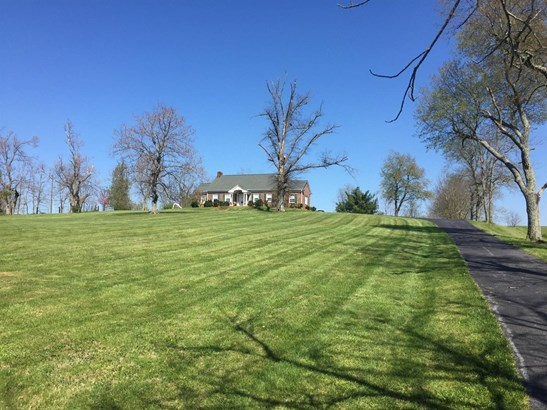 627 Dry Branch Road , Harrodsburg, KY - USA (photo 1)