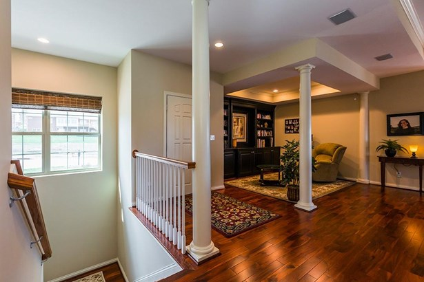 2026 Berry Hill Drive , Frankfort, KY - USA (photo 4)