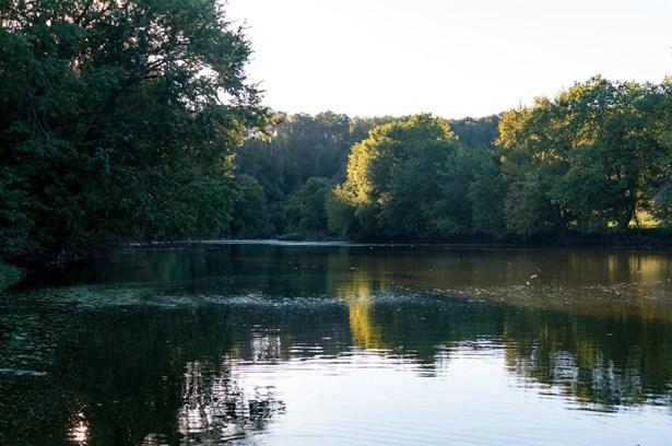 78 Meadow Lake Drive , Lancaster, KY - USA (photo 1)