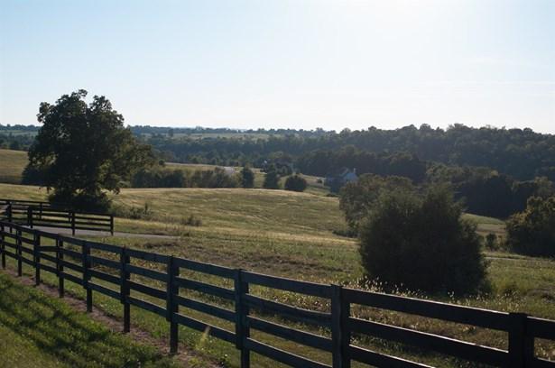 78 Meadow Lake Drive , Lancaster, KY - USA (photo 5)