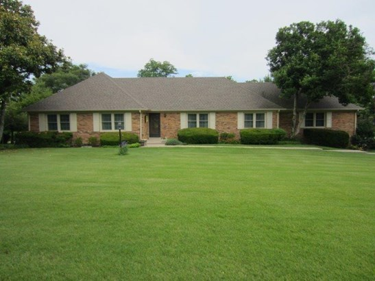 3705 Delaney Ferry Road , Versailles, KY - USA (photo 1)