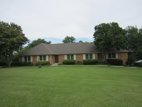 3705 Delaney Ferry Road , Versailles, KY - USA (photo 2)