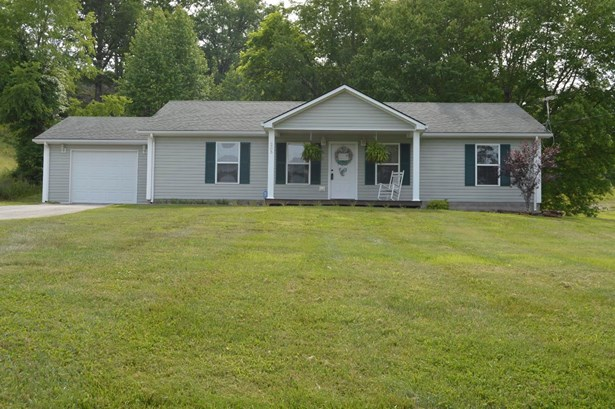 1235 Black Creek Road , Clay City, KY - USA (photo 1)