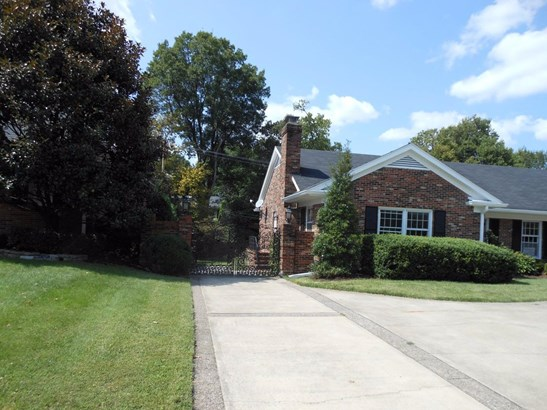 825 Chinoe Road, Lexington, KY - USA (photo 2)