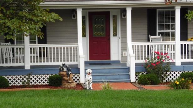 103 Deerhaven Drive , Versailles, KY - USA (photo 2)
