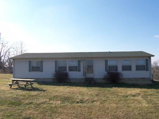 3667 Kentucky Highway 1054 , Berry, KY - USA (photo 2)