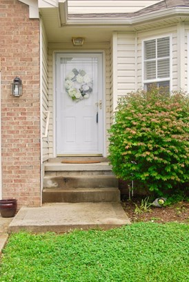 3822 Lochdale Terrace , Lexington, KY - USA (photo 2)