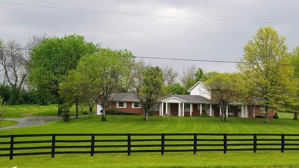 5861 Winchester Road , Lexington, KY - USA (photo 1)