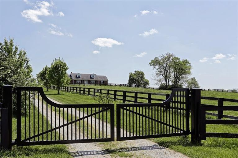1230 Oregon Road , Versailles, KY - USA (photo 1)