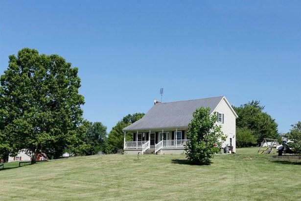 1796 West Kentucky Highway 32 , Cynthiana, KY - USA (photo 1)
