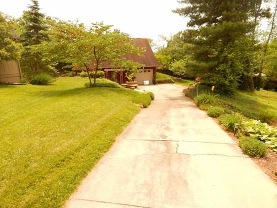 512 Bayberry Bend , Lexington, KY - USA (photo 2)