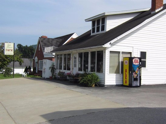 35 East College Avenue , Stanton, KY - USA (photo 1)