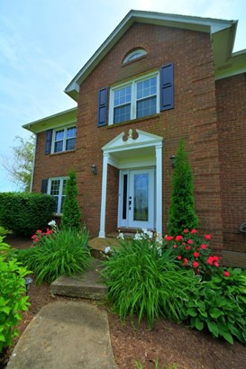 575 Elliston Lane , Versailles, KY - USA (photo 5)