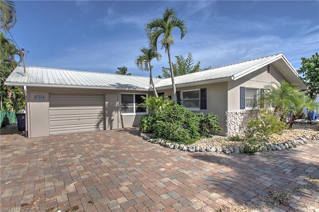 Single Family - MATLACHA ISLES, FL