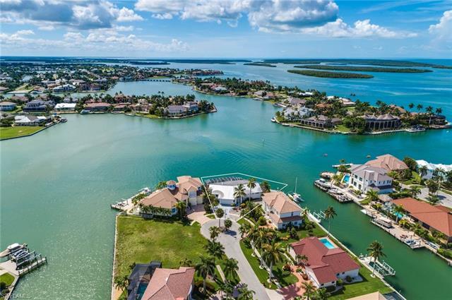 Single Family - MARCO ISLAND, FL