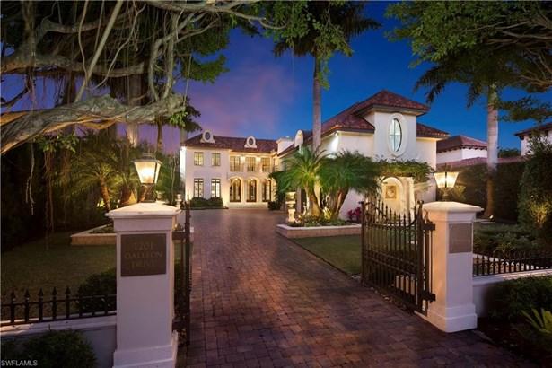 Single Family - NAPLES, FL