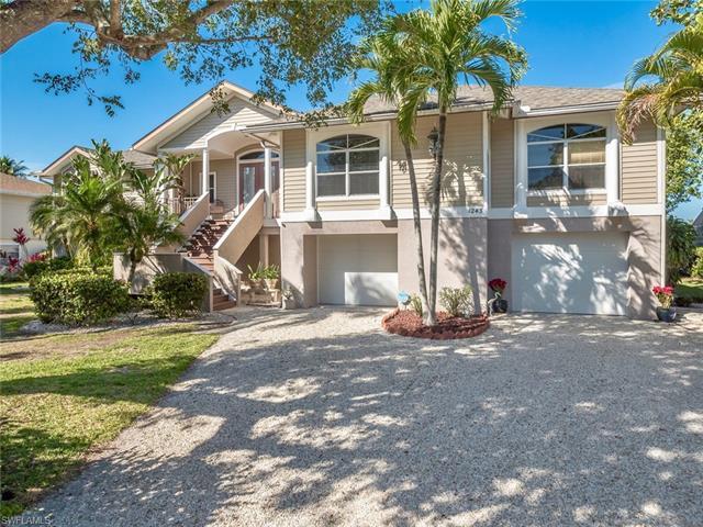 Single Family - SANIBEL, FL